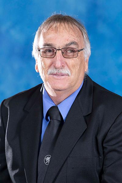 Mr E van den Broek